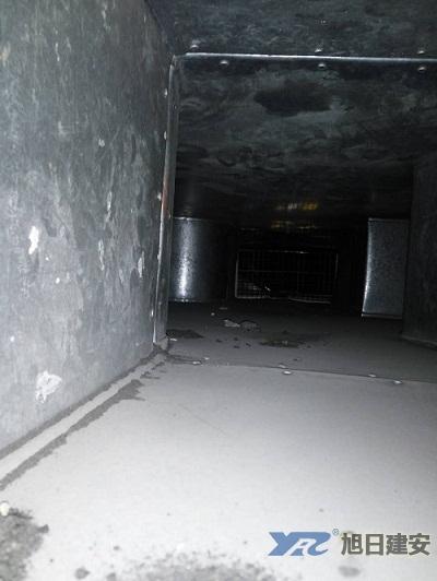 永逸百货中央空调清洗保养现场